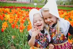 Holland-Tulip-Time-Maatman-girls
