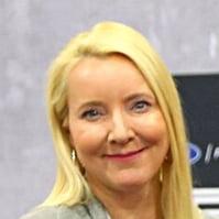 Jeannee Kirklady