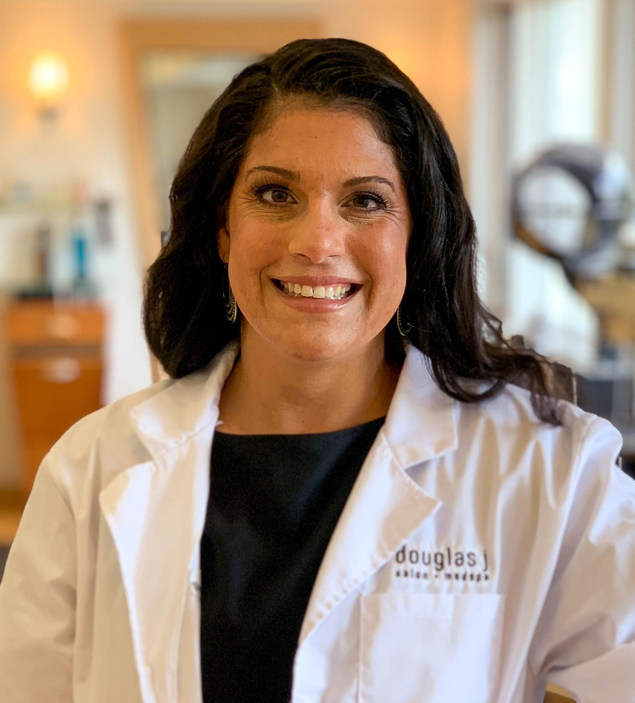 Dr. Lena Weinman Headshot