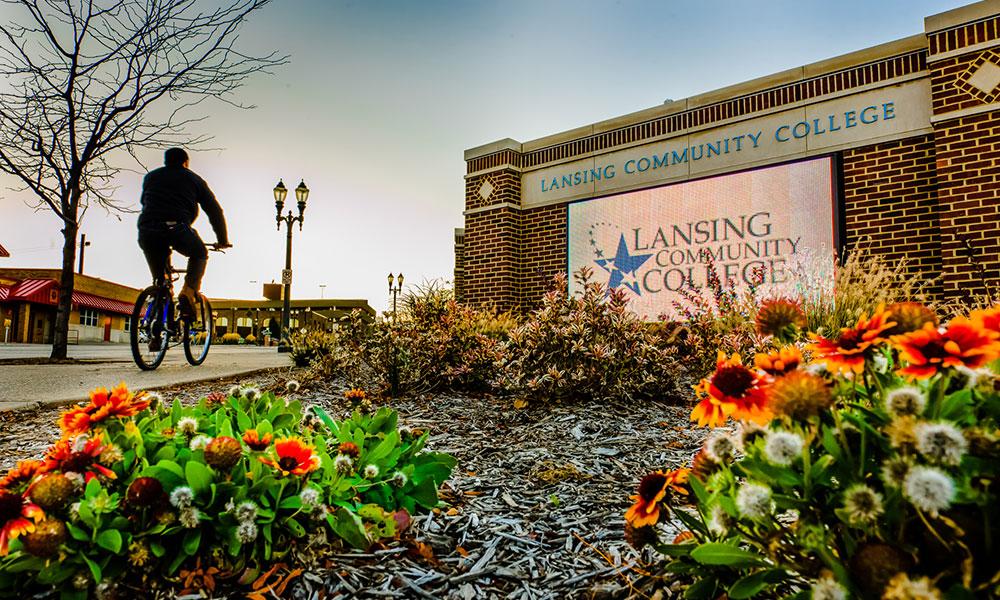 campus-in-autumn
