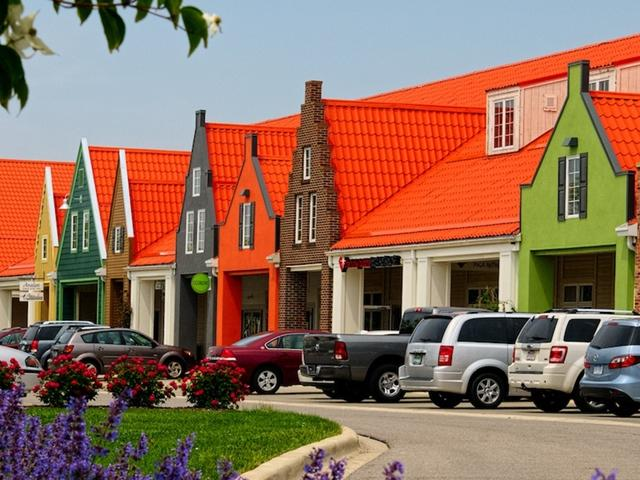 holland-town-center-203-711